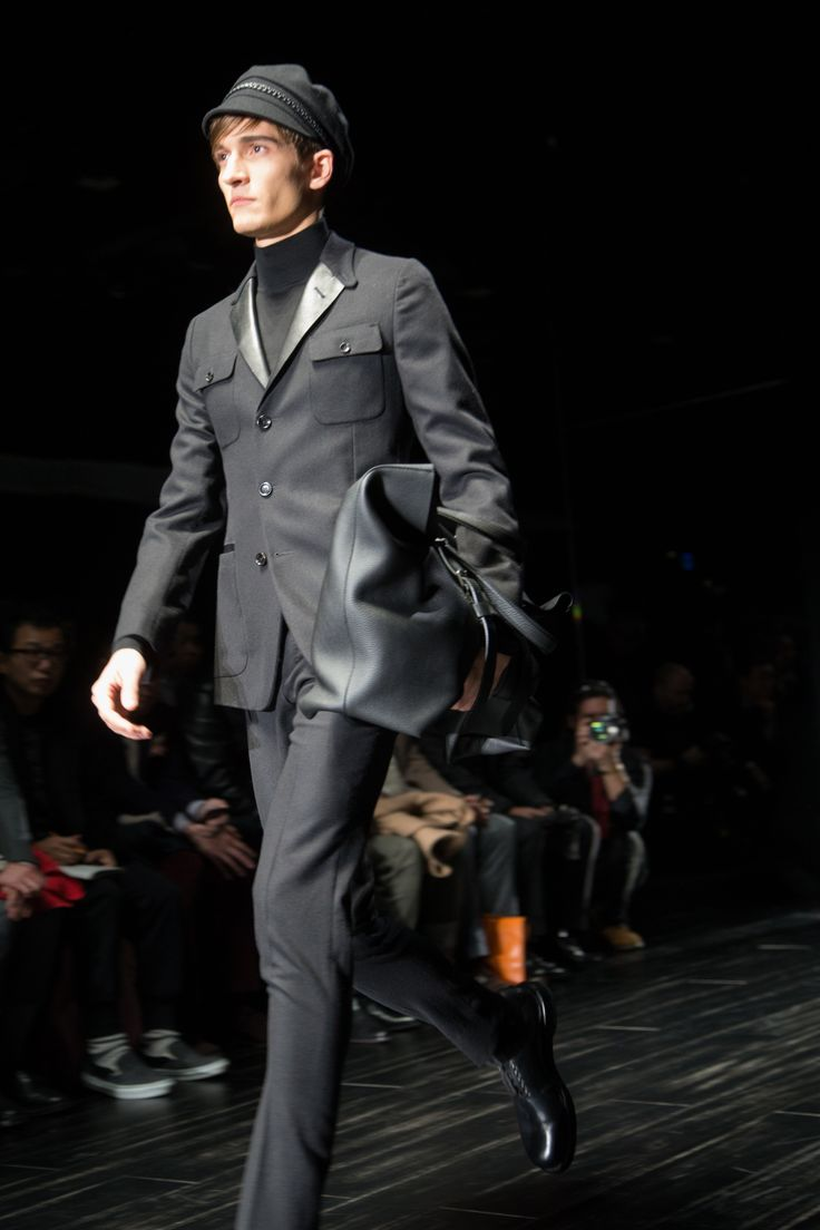 Gucci Men's Suits 2014-2015 Black