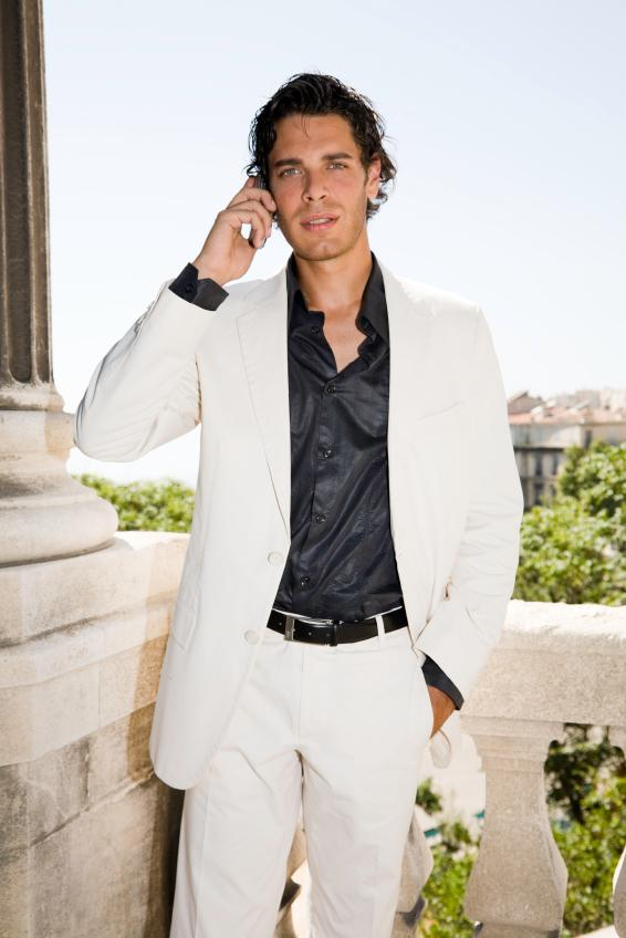 Mens white casual suit | Mens Suits Tips