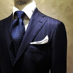 Suit in super serge fabric
