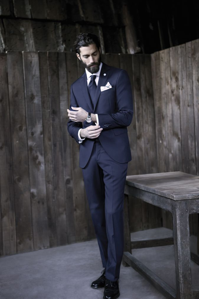 suit model for short men