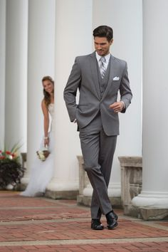Charcoal Grey Men Suits - Mens Suits Tips
