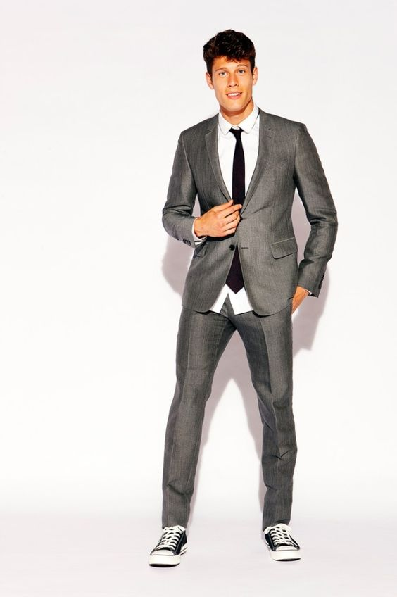 Men Suits with Sneakers (2)