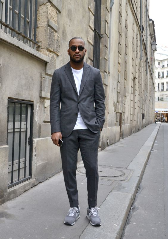 Men Suits with Sneakers (22)