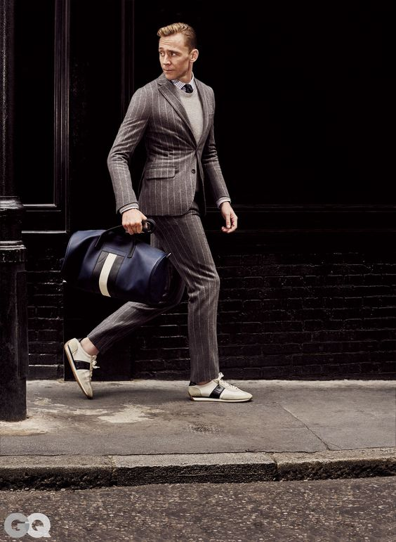 Men Suits with Sneakers (24)