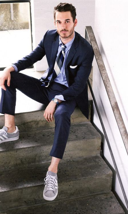 Men Suits with Sneakers (30)