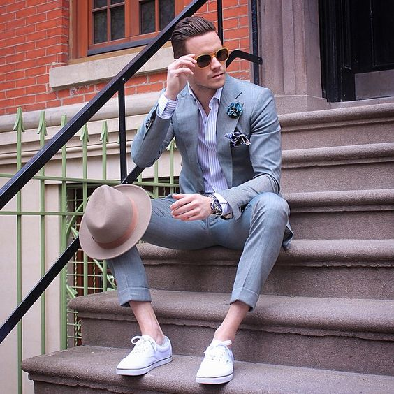 Men Suits with Sneakers (9)