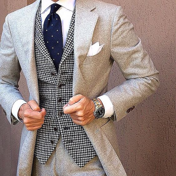 Suits for Short and Thin Men (1)