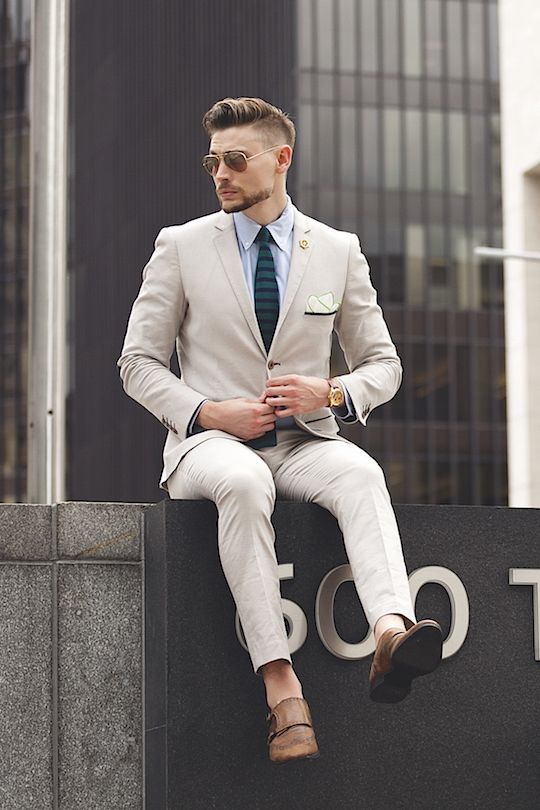 Suits for Short and Thin Men (15)
