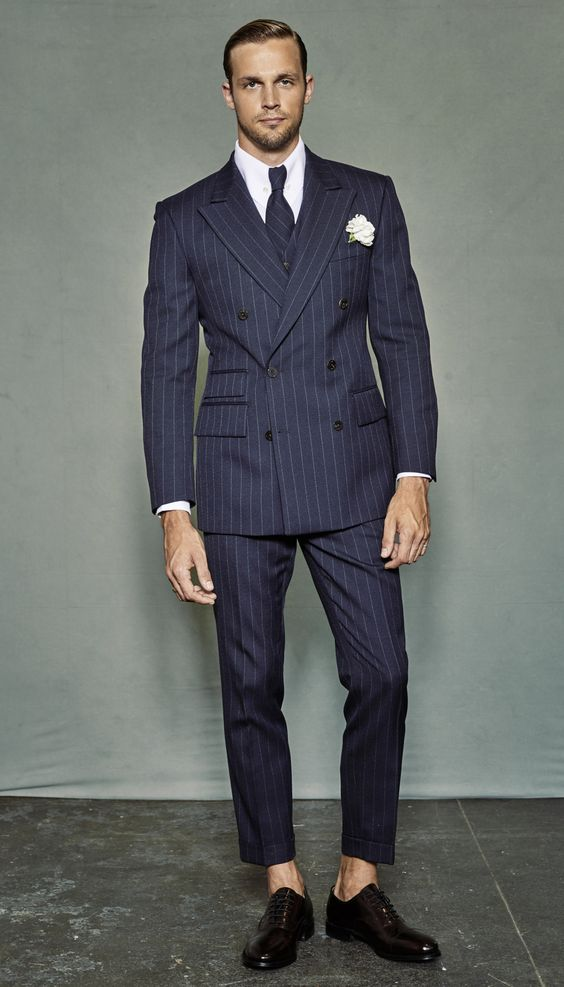 Suits for Short and Thin Men (27)