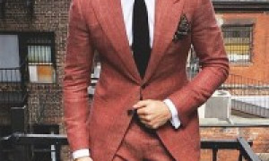 Choosing Color of Men Suits