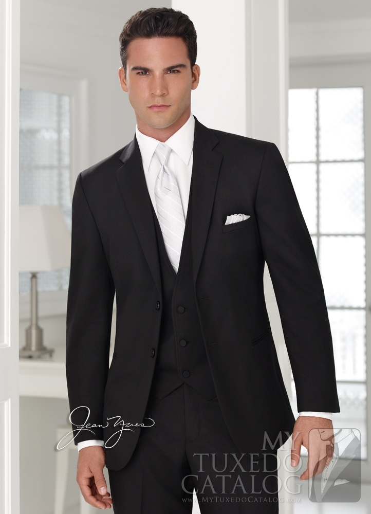 Black 'Ceremonia' Suit. Grooms and groomsmen suit