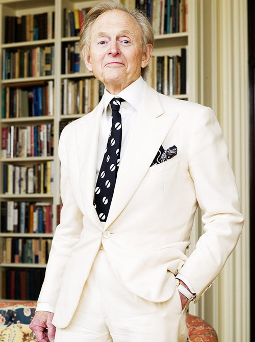 Tom Wolfe whit white suit