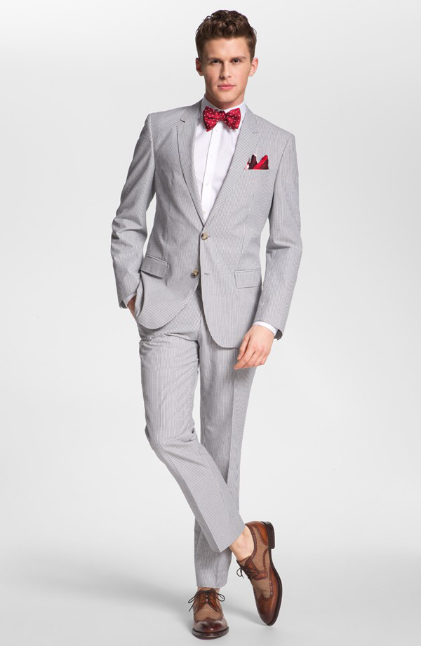 how to wear light grey suit