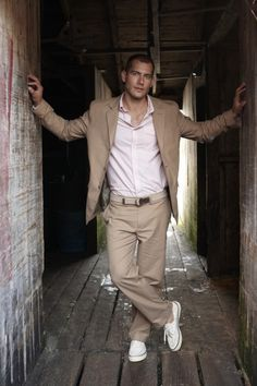 Tan Khaki Taupe Suits For Men - Mens Suits Tips