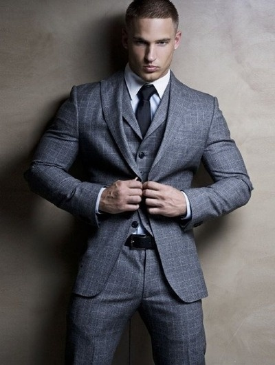 Stylish Men Suits - Mens Suits Tips