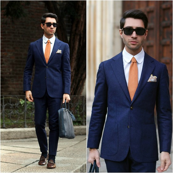Clic Cut Navy Blue Men Suit