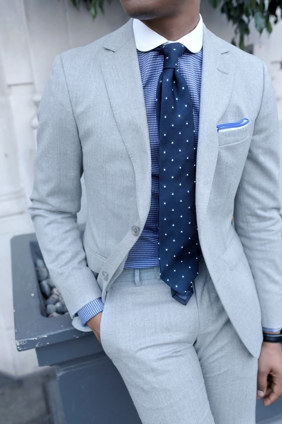 Light grey suit with polka dot tie mens suits tips for What color shirt with light grey suit