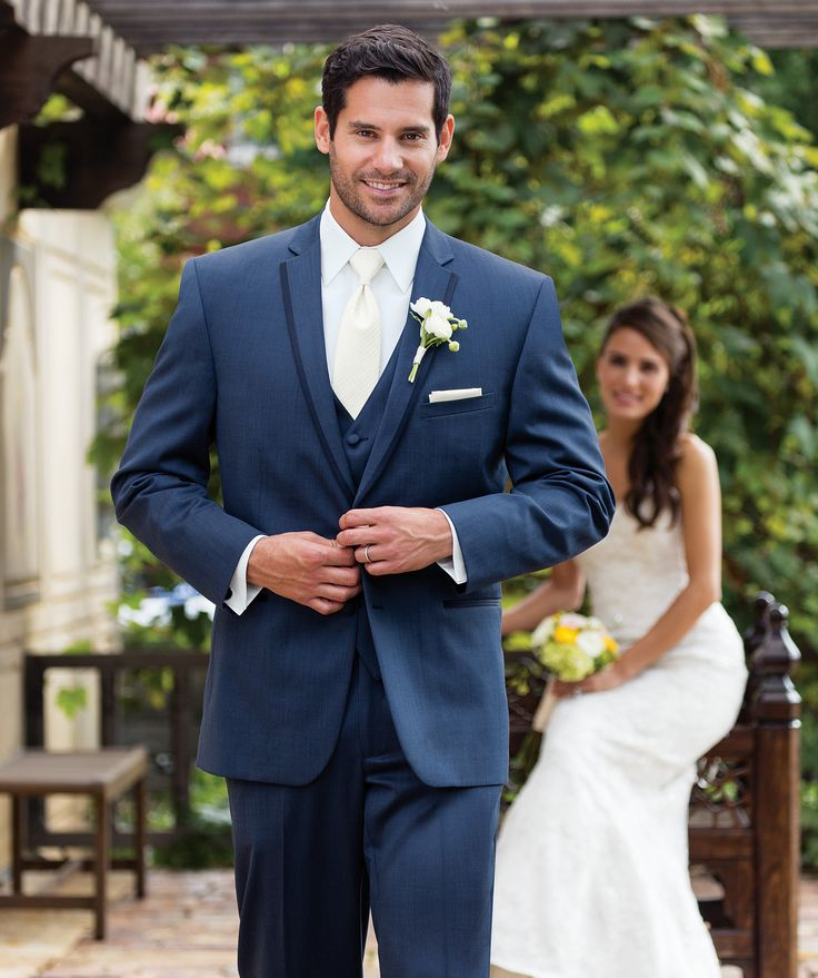 Suits with White Tie - Mens Suits Tips