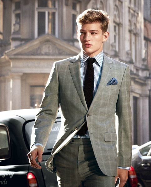 Grey Patterned Suit Blue Shirt And Burgundy Tie