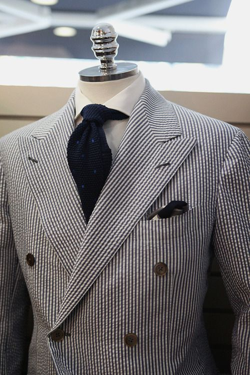 Wearing Tips of Seersucker Suits - Mens Suits Tips