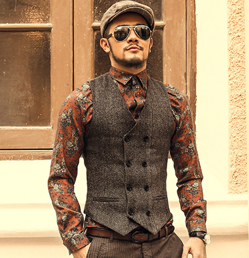 Brown double breasted suit vest | Mens Suits Tips