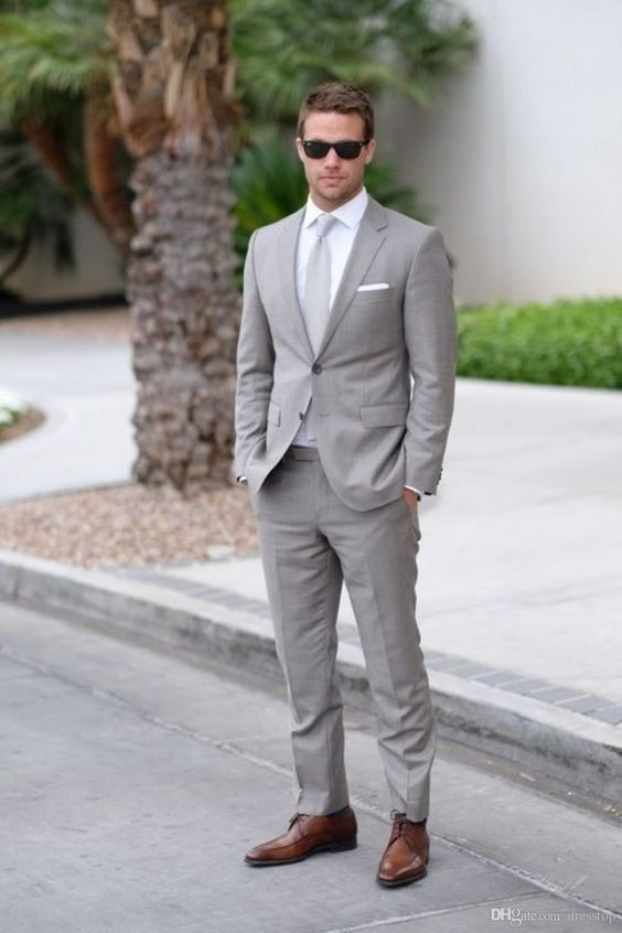 Light grey men wedding suit | Mens Suits Tips