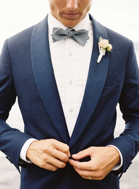 Three piece light grey wedding suit | Mens Suits Tips